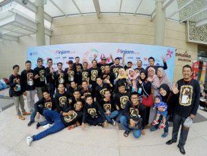 kontingen TDA Bandung berseragam Kaos event Pesta Wirausaha